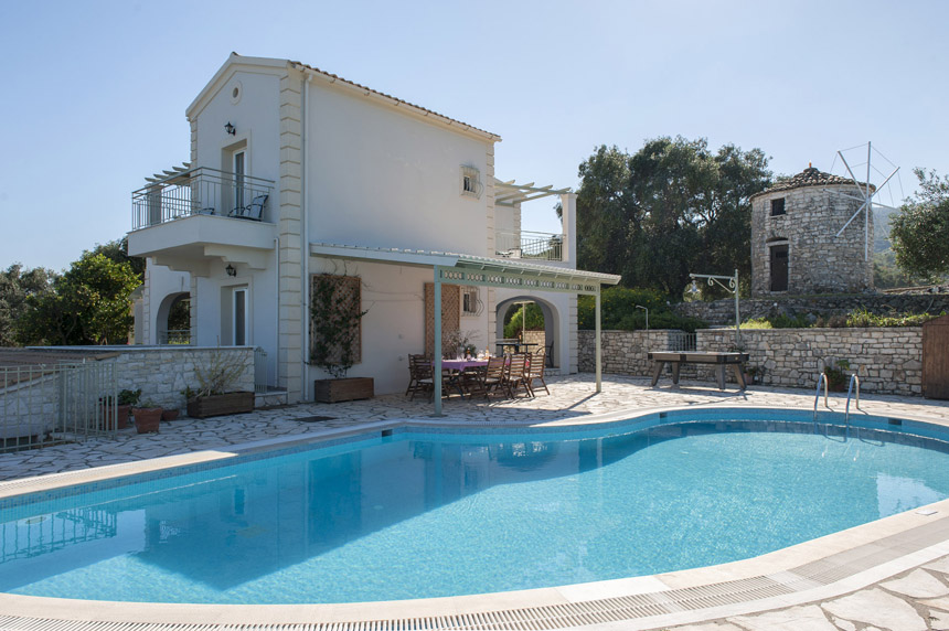 Villa Mylos with Swimming Pool
